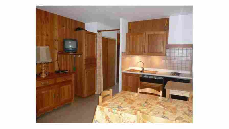 Appartement cristillan 2p 3 queyras ceillac for Meuble queyras